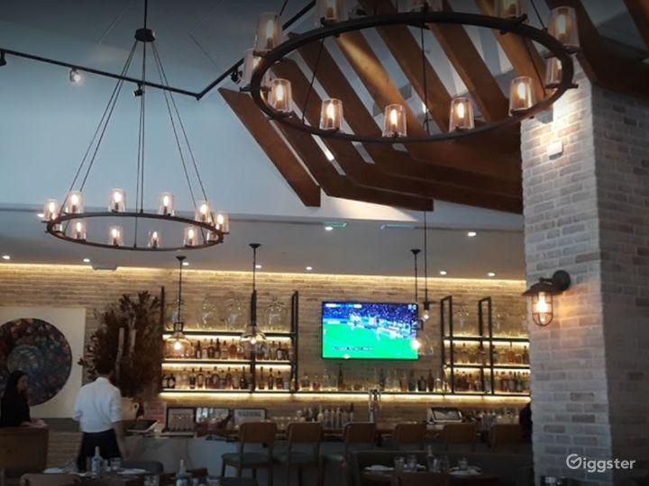 A Classy Bar in Astoria Boulevard  Photo 2