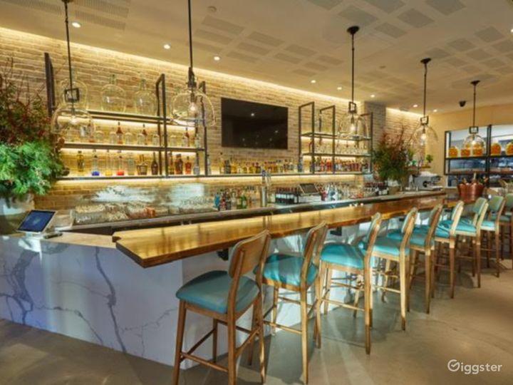 A Classy Bar in Astoria Boulevard  Photo 3