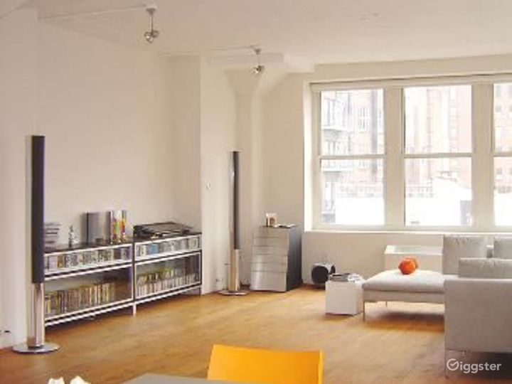Contemporary Tribeca apartment: Location 4037 Photo 4