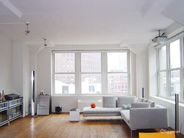 Contemporary Tribeca apartment: Location 4037 Photo 3