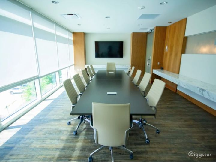Large Conference Room with AV Capabilities Photo 5