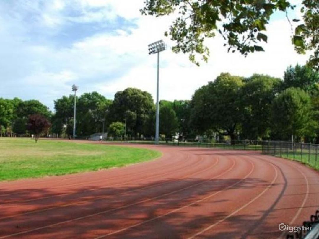 Athletics field with running track: Location 4261 Photo 1
