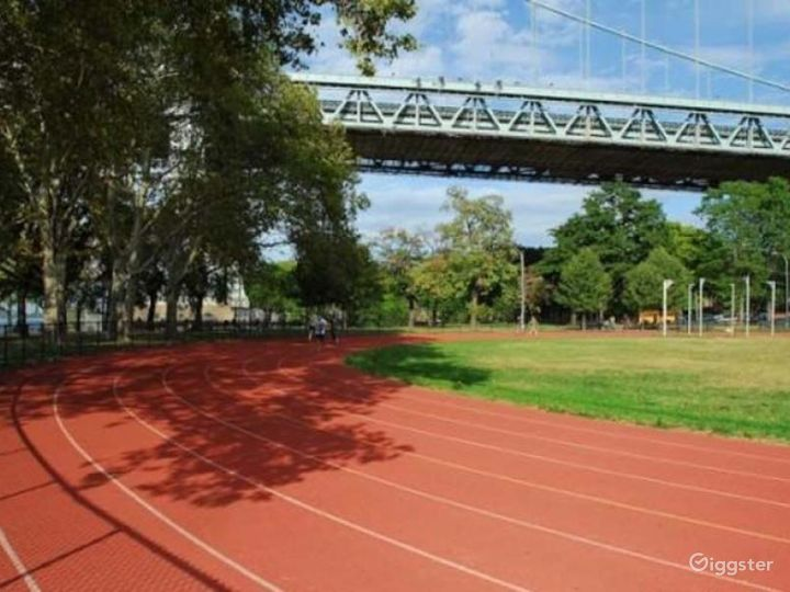 Athletics field with running track: Location 4261 Photo 5