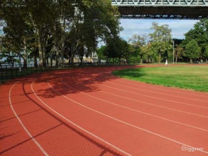 Athletics field with running track: Location 4261 Photo 4