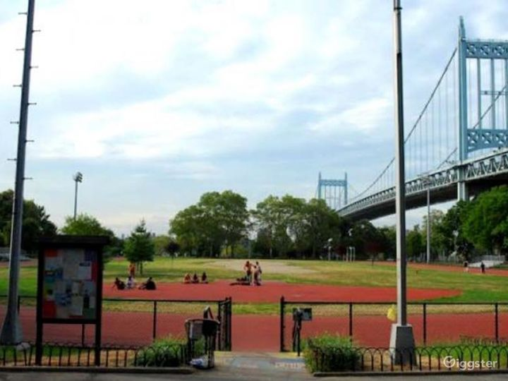 Athletics field with running track: Location 4261 Photo 3