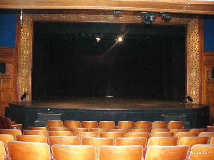 Broadway theatre: Location 4024 Photo 3
