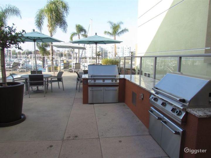 Resort-Style Pool Area in LA Photo 3