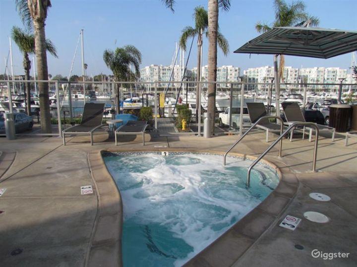 Resort-Style Pool Area in LA Photo 4