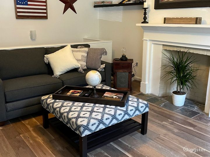 Cozy Row House in Historic District Photo 2