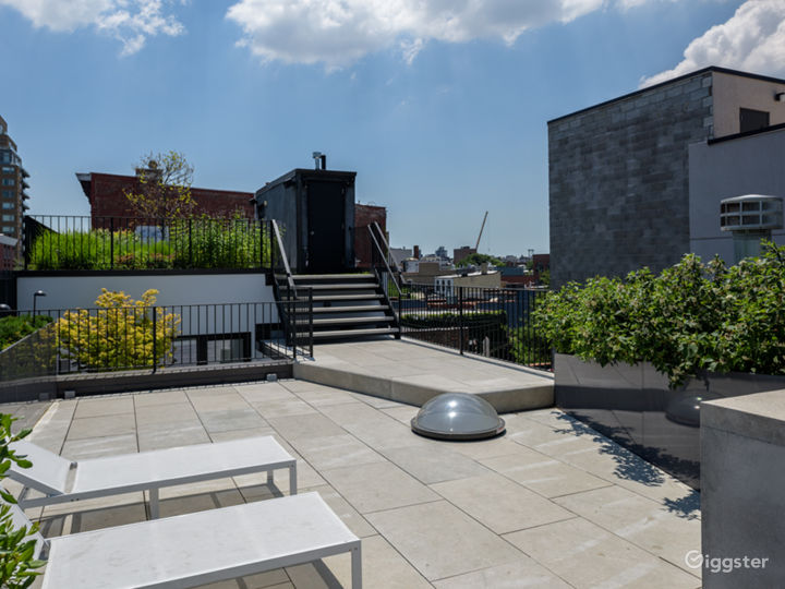Exclusive Townhouse w/Terrace: Location 5186 Photo 5