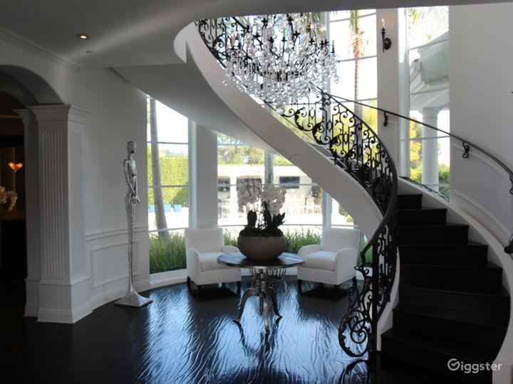 Beverly Hills Contemporary Masterpiece