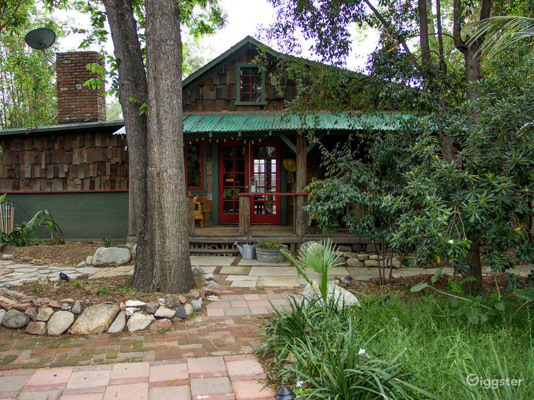 Frogtown Cabin Photo 1