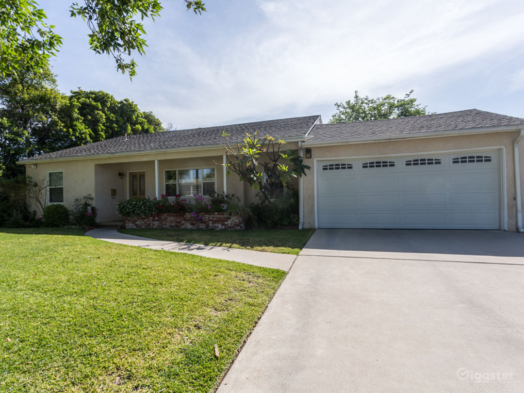Cozy Ranch Style Home with Large Yard Photo 1