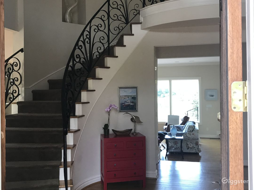 Waterfront house Photo 5