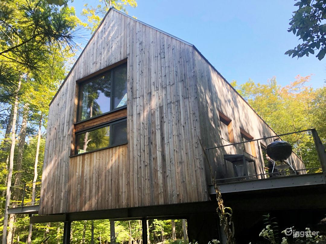Modern barn: Location 5262 Photo 1