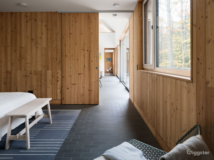 Modern barn: Location 5262 Photo 4