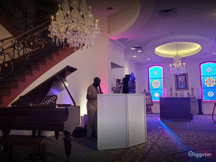 Event Space with Altar for Weddings in Houston Photo 5