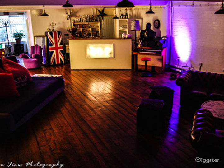 Furnished Blackout Studio in London Photo 2