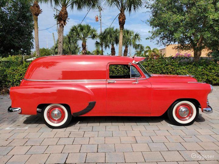 A head turner 1953 Chevrolet Sedan Delivery Photo 3