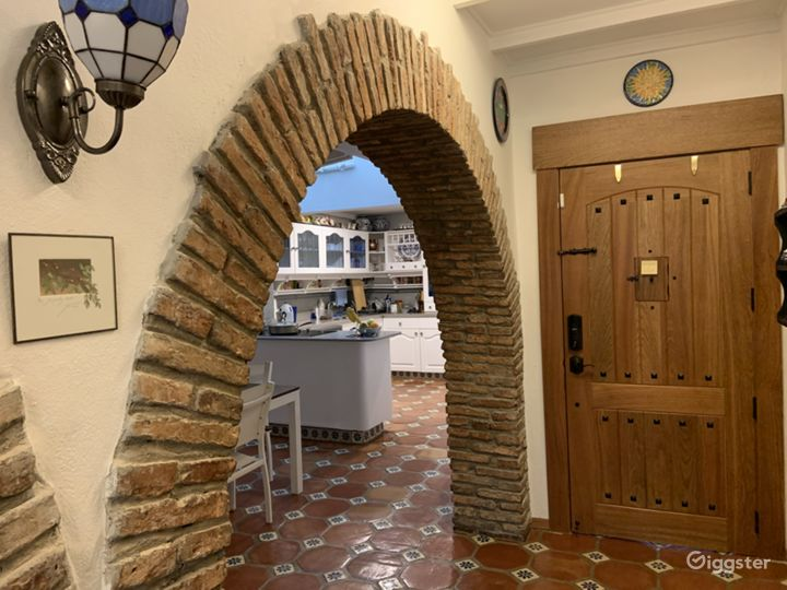 One of several arches we have in our apartment, this one next to the dining room and kitchen