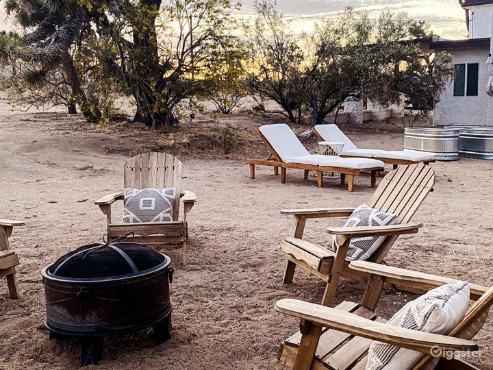 Bright, Modern Desert Home on 5 Acres Photo 5
