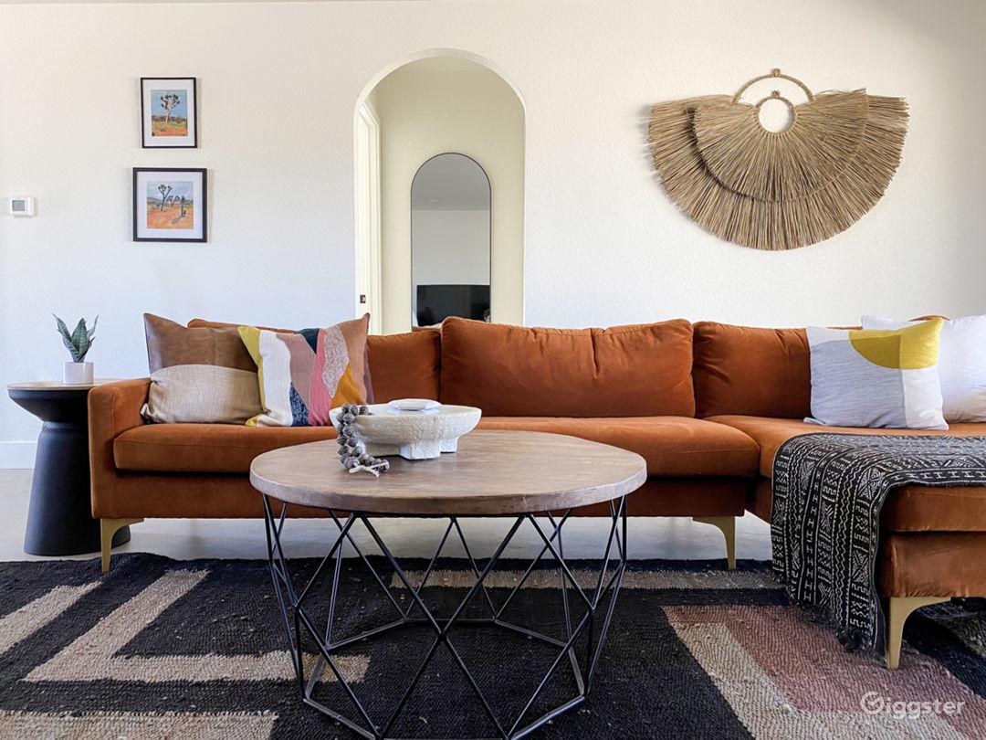 Bright, Modern Desert Home on 5 Acres Photo 1