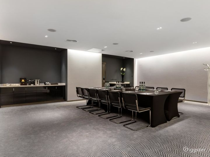 Exceptional Private Suite 6 in Mercer Street, London  Photo 4