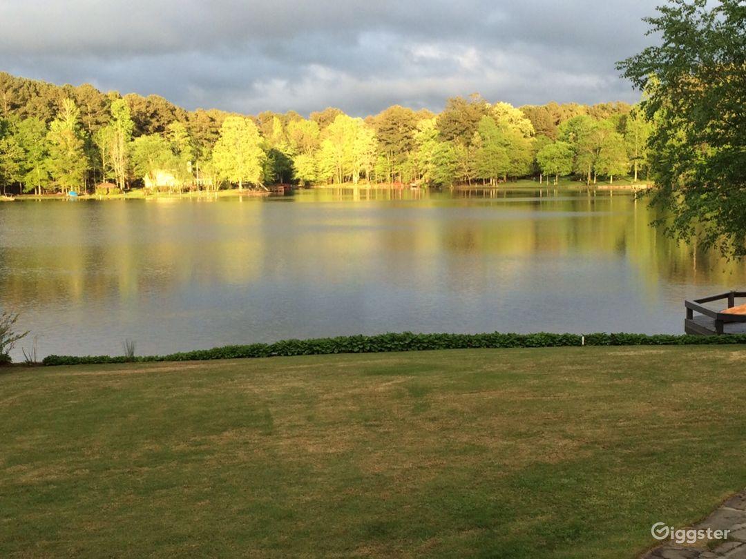 Americana on the Lake Photo 4