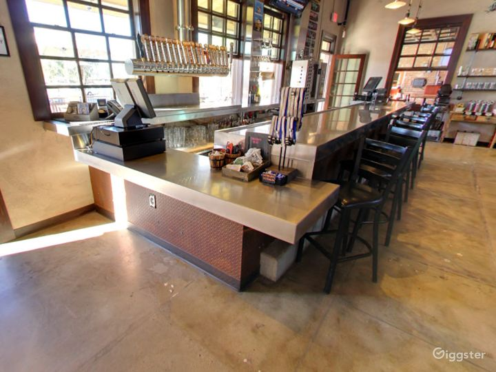 Private Bar Space for Parties in Tempe