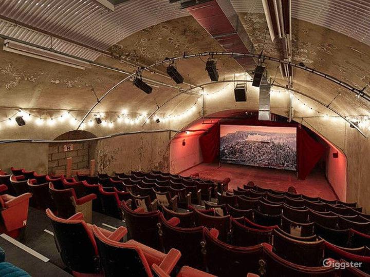 Alternative Art Theatre in London Photo 2