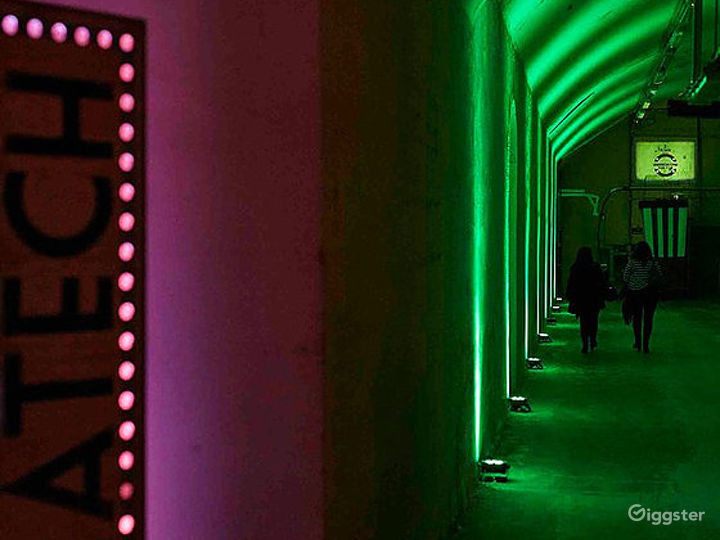 Alternative Art Theatre in London Photo 5