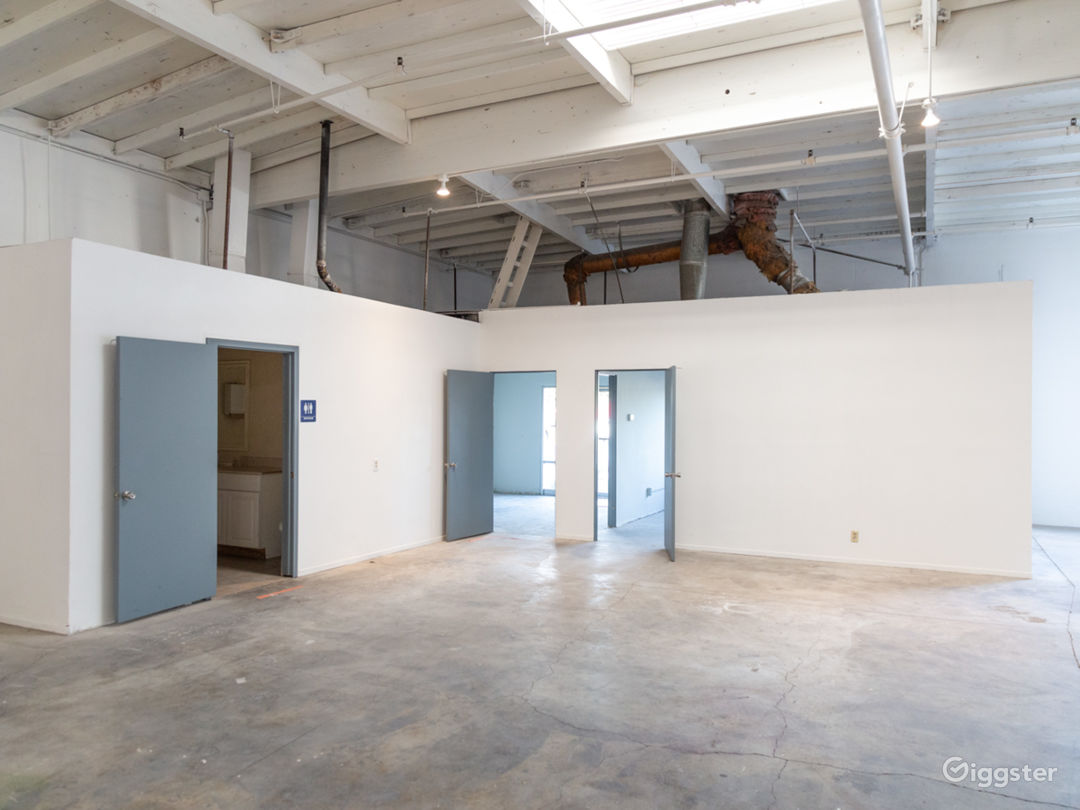 Raw Studio/Warehouse For Filming and Events Photo 4