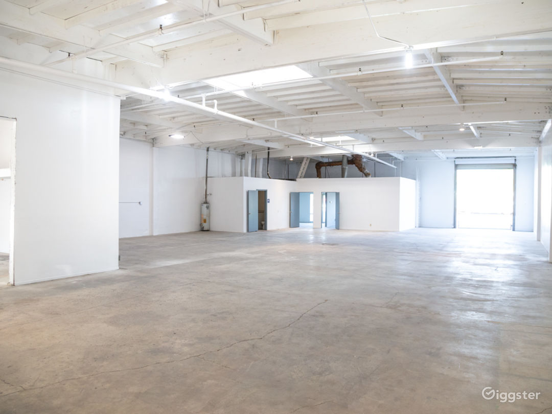 Raw Studio/Warehouse For Filming and Events Photo 2