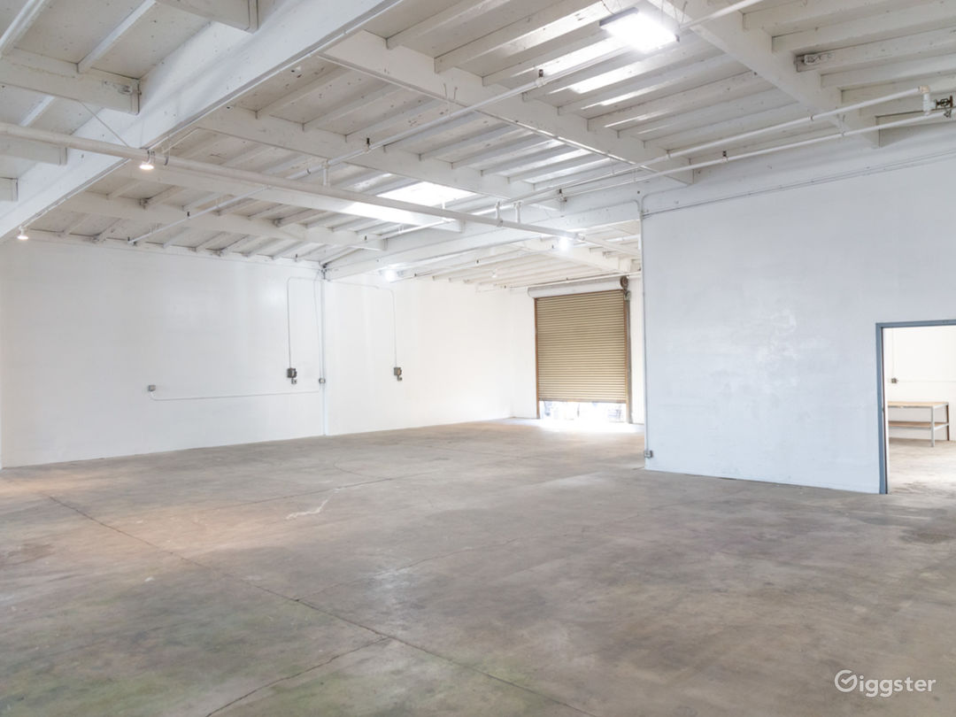 Raw Studio/Warehouse For Filming and Events Photo 5