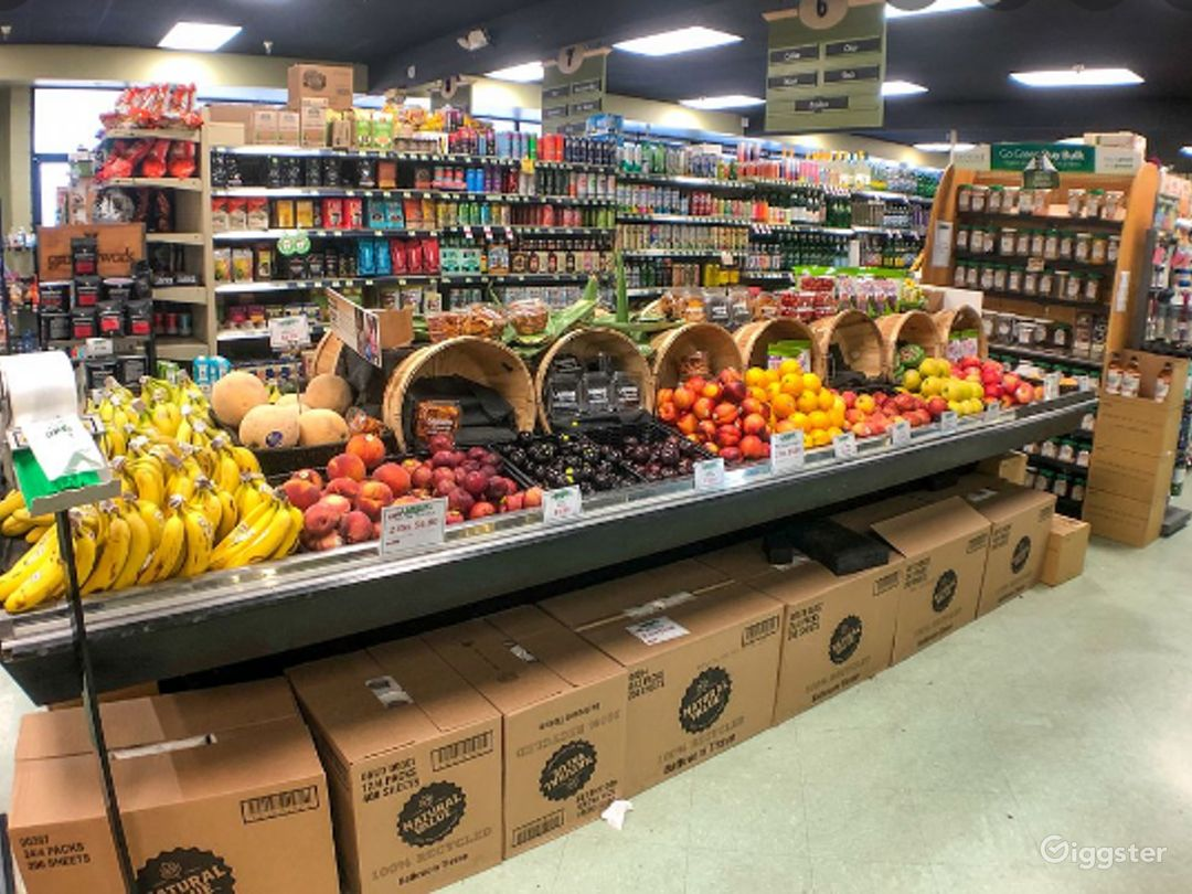 Spacious Health Food Store Perfect for Photoshoots and Productions in Simi Valley Photo 1