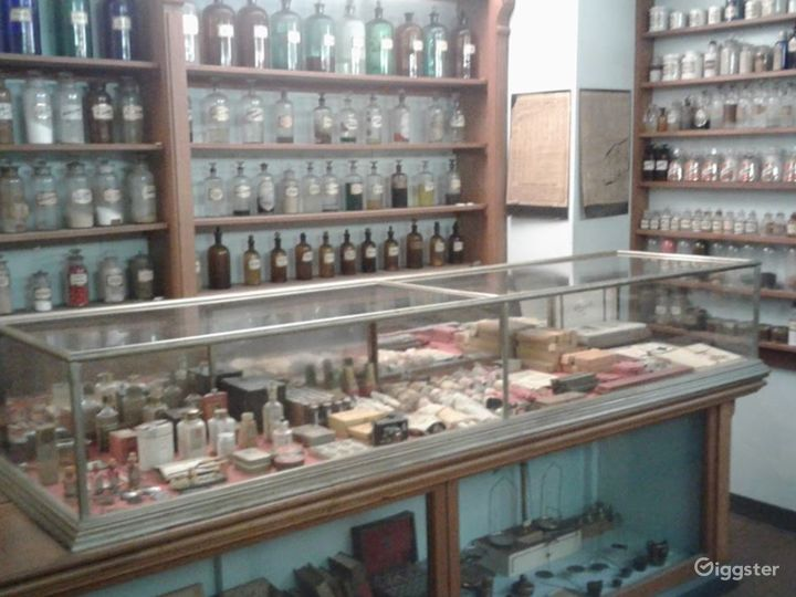 Dental and 19th Century Apothecary Exhibition Photo 2