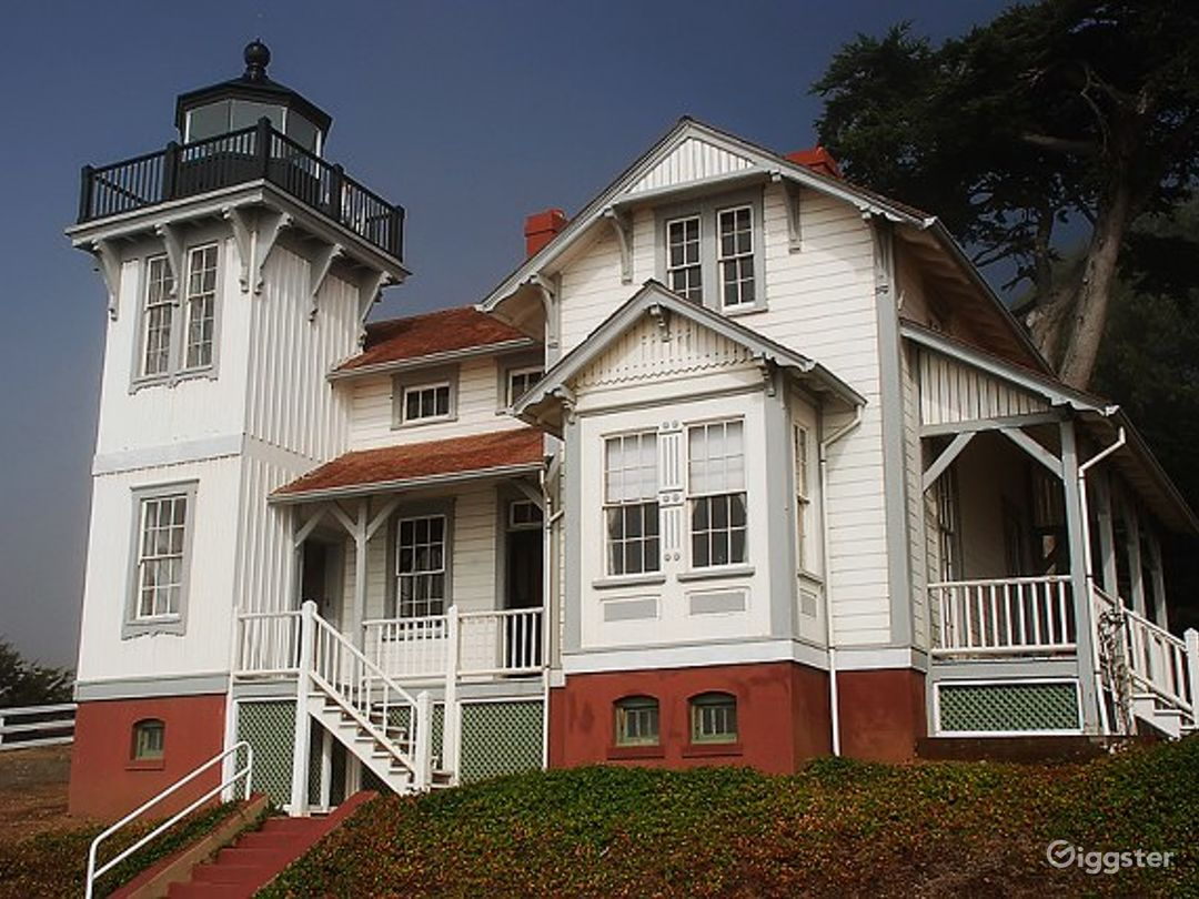 Point San Luis Lighthouse Photo 1
