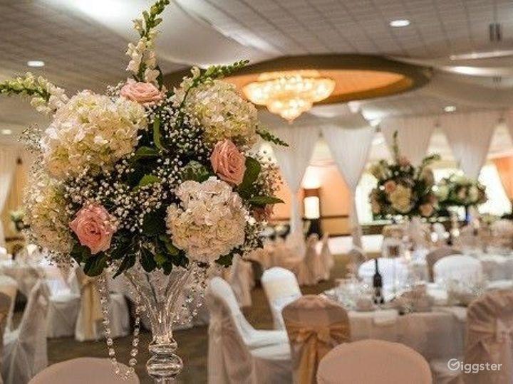 Spacious Grand Ballroom in Ohio Photo 5