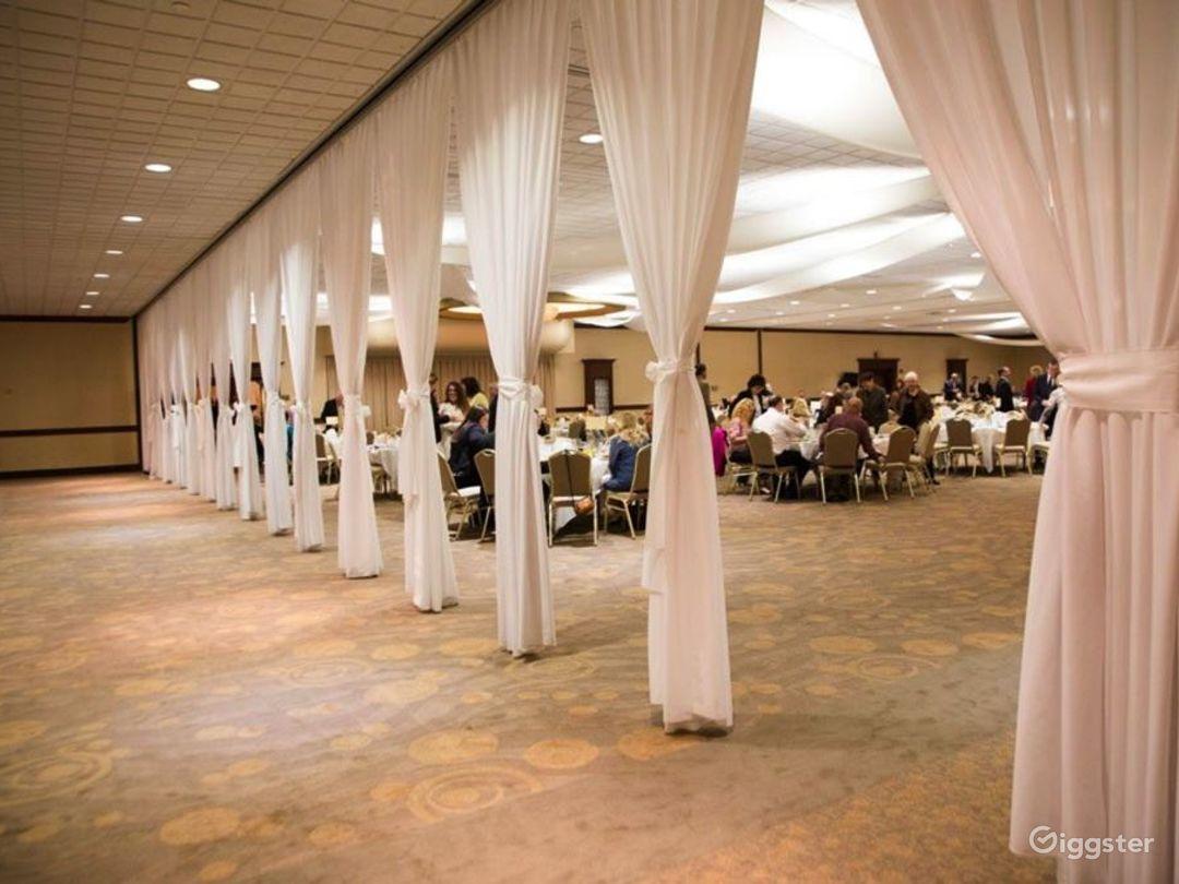 Spacious Grand Ballroom in Ohio Photo 1