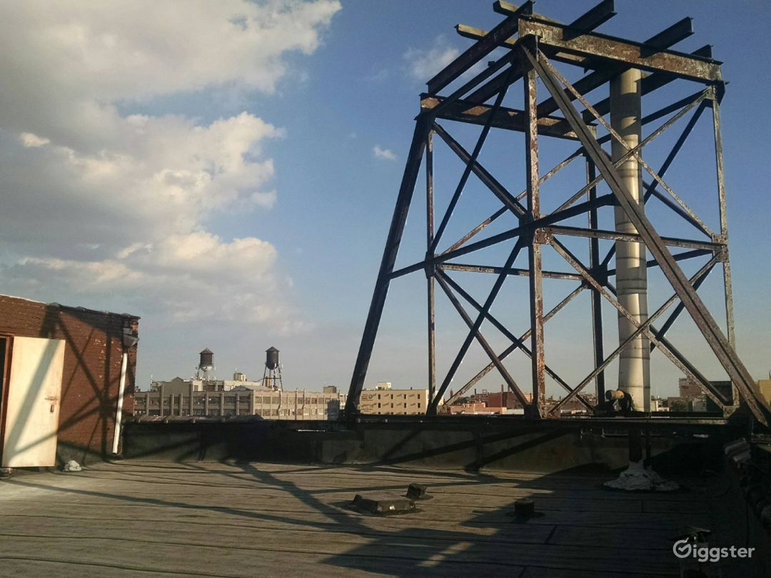 Large 4000 Sq Ft Rooftop in Brooklyn Photo 2