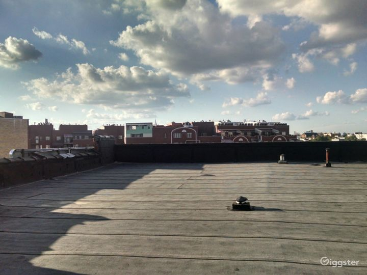 Large 4000 Sq Ft Rooftop in Brooklyn Photo 3
