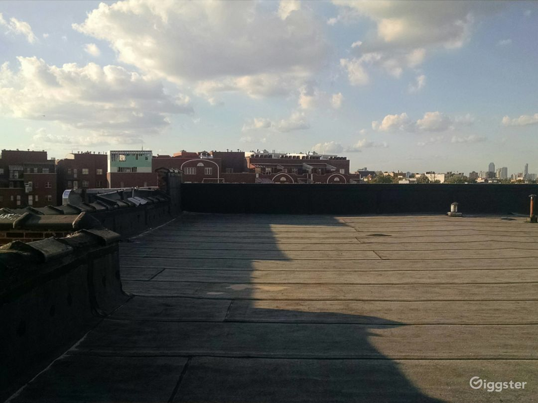 Large 4000 Sq Ft Rooftop in Brooklyn Photo 4