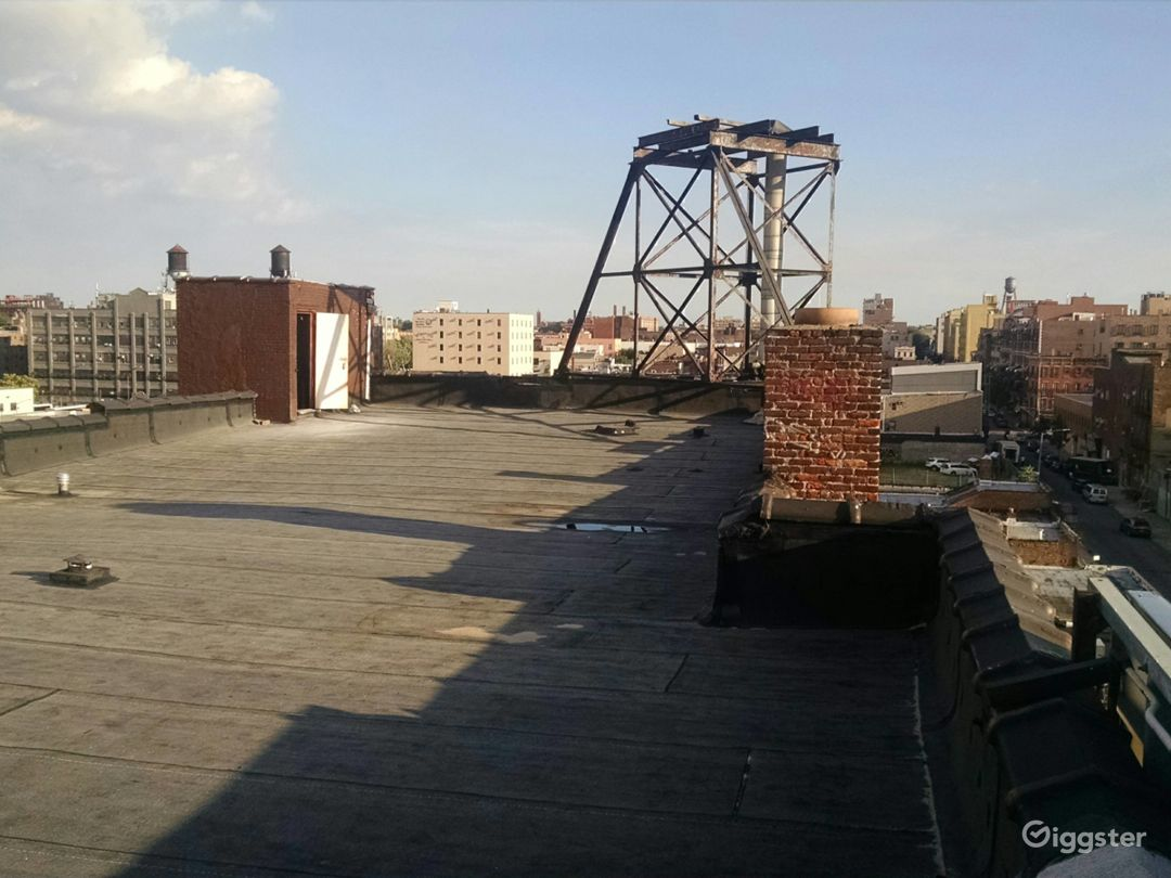 Large 4000 Sq Ft Rooftop in Brooklyn Photo 1