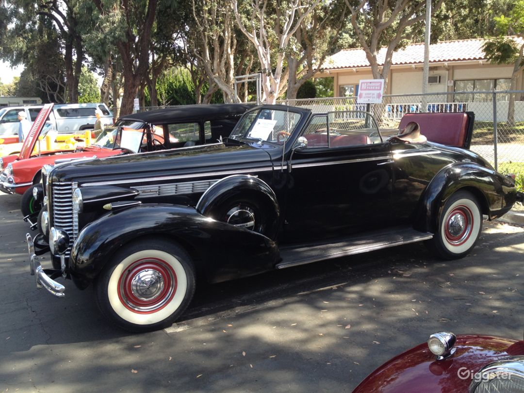 1938 Buick Century Convertible in Black Photo 2