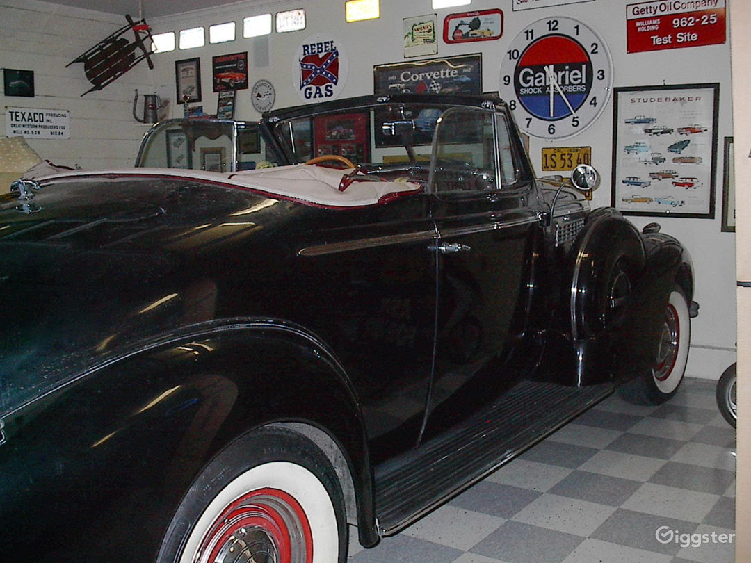 1938 Buick Century Convertible in Black Photo 5