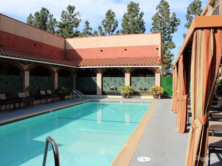 Dining Area with Pool Photo 2