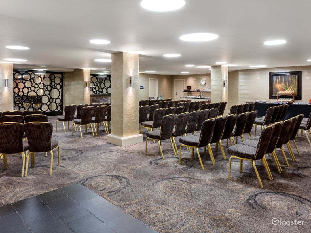 Spacious Event Space in Tottenham Court Road, London Photo 1