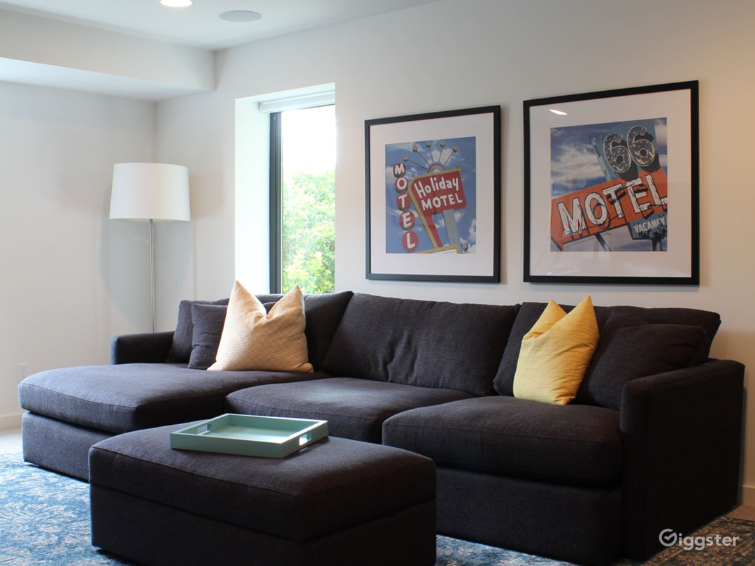 Movie/video room with wet bar, large TV