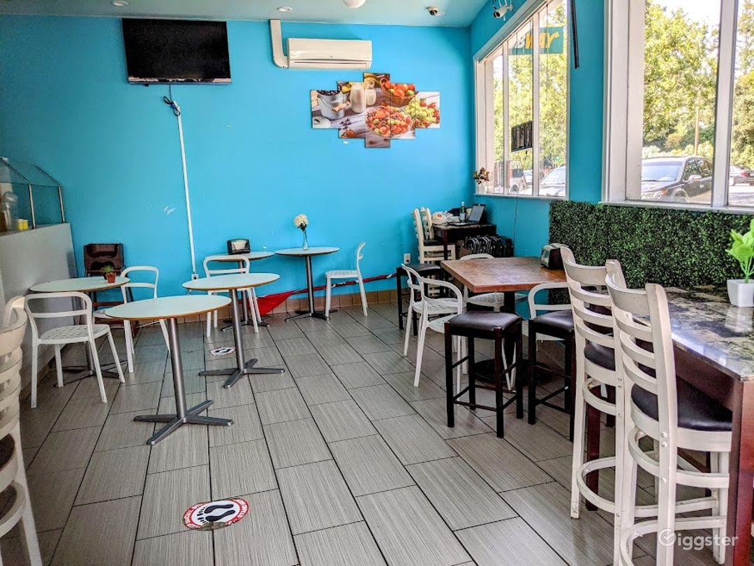 Warm Indoor Bar in Menlo Park Photo 1