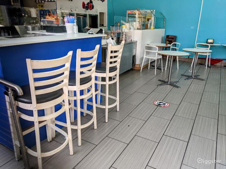 Warm Indoor Bar in Menlo Park Photo 2